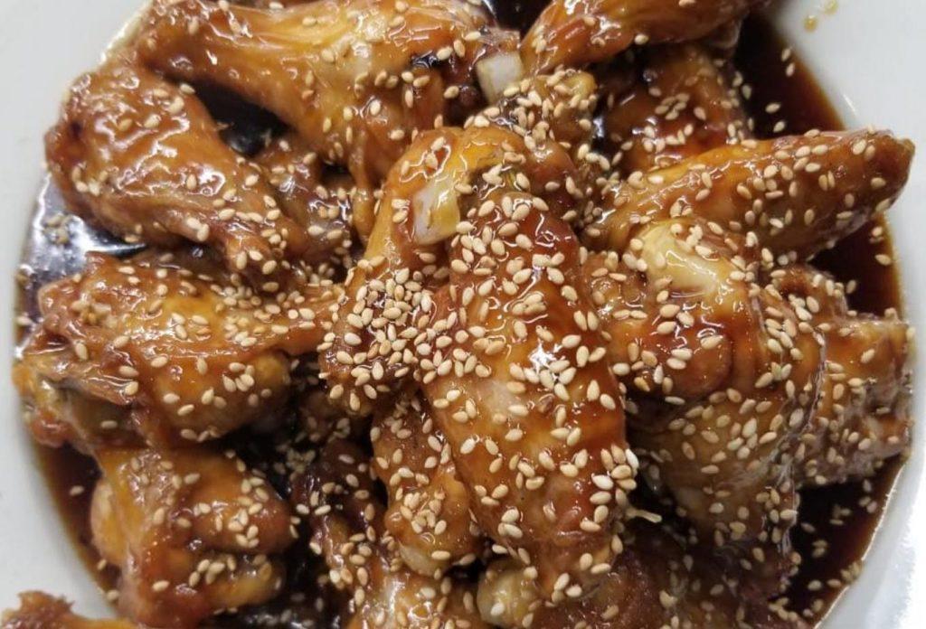 sesame chicken with teriyaki soy sauce