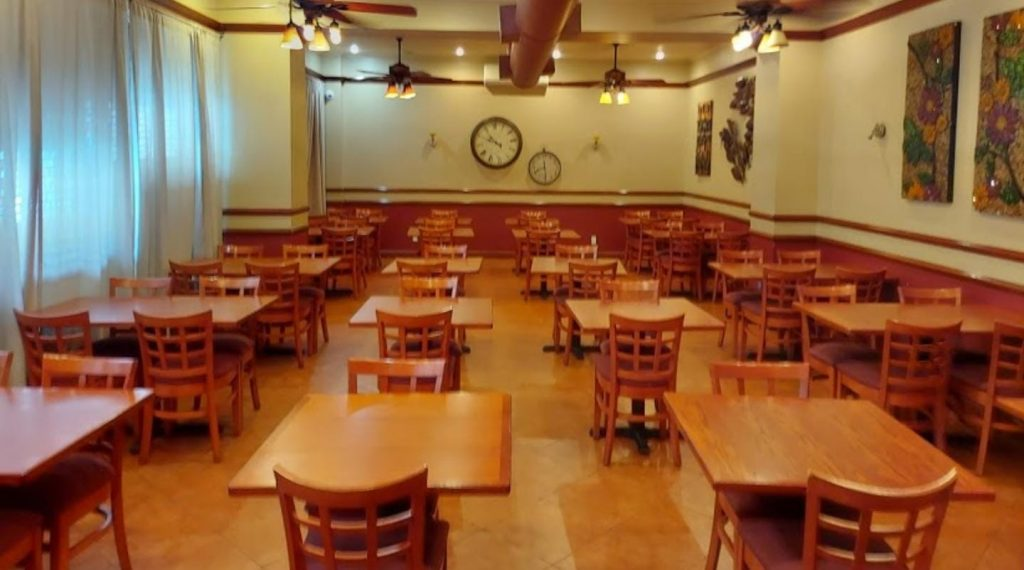 interior picture of inside spoons of boro park, indoor seating