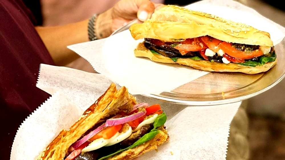 sandwiches vegetable and mozzarella cheese at Almah Cafe