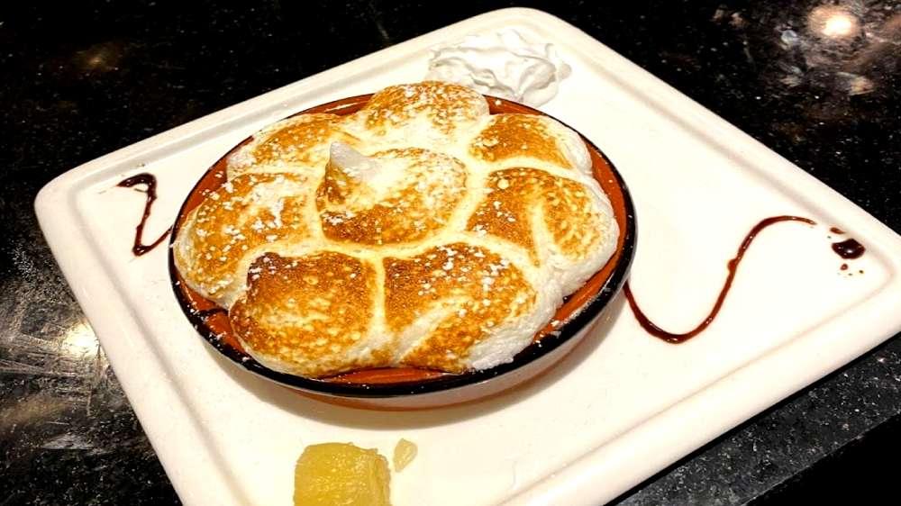 lemon meringue pie at kasai
